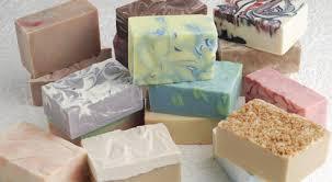 Что делать с остатками мыла и как применить их в хозяйстве