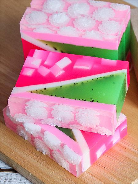 Что делать с остатками мыла и как применить их в хозяйстве (12)