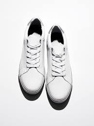 белые кроссовки как отбелить