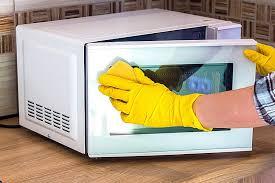 помыть микроволновку с уксусом