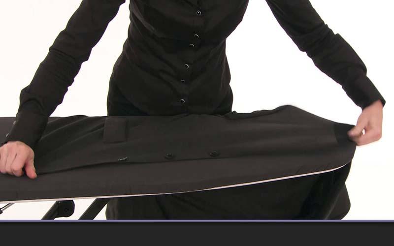 Фото: Если нужно ткань пиджака фиксируется иголкой
