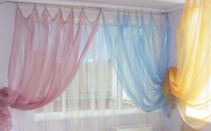 Фото: Деликатные ткани очень легко испортить превысив температуру глажки