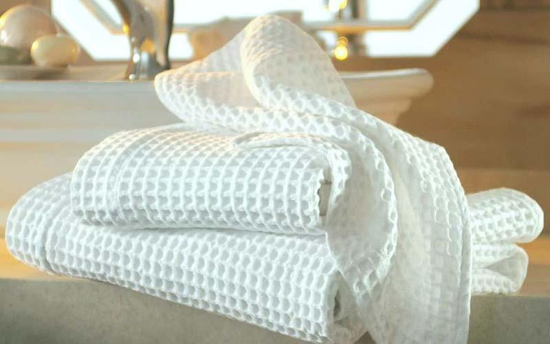 Фото: Вафельные ткани более подходят для использования на кухне