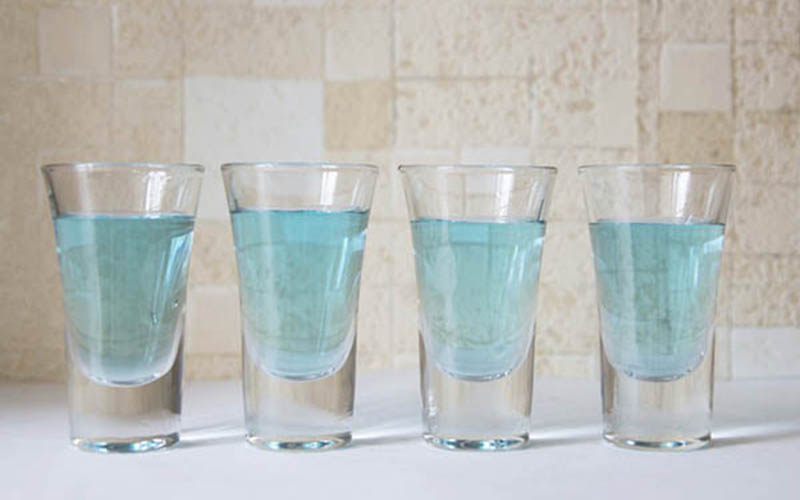 Фото: Зеленка разведенная в воде способствует выведению грязи